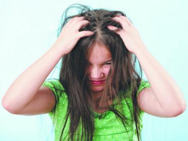 6 recomendações importantes  sobre piolho na escola